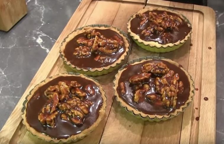 Tartelettes aux noix d'automne et au caramel